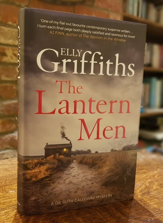 The Lantern Men - latest in Elly Griffiths' Ruth Galloway series